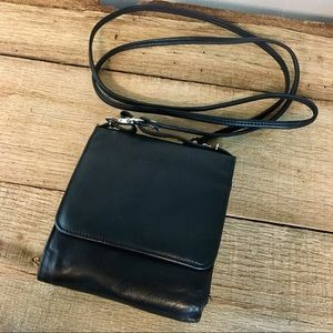 WILSON LEATHER Black Crossbody Purse Wallet